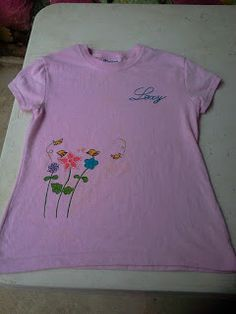 camiseta pintada a mano flores