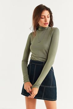 Shop UO Sven Knit Turtleneck Top at Urban Outfitters today. We carry all the latest styles, colors and brands for you to choose from right here.
