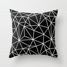 Etsy http://www.etsy.com/nl/listing/178785498/geometric-throw-pillow-cover-black