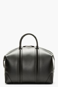 Givenchy Black Leather Lc Duffle Bag for men Jet Set, Leather Men, Black Leather, Leather Duffle Bag, Leather Luggage, Leather Bags, Mode Style, My Bags, Fashion Bags