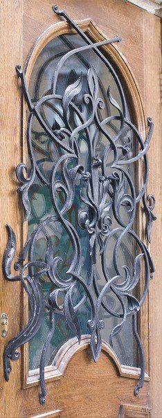 Iron Windows, Iron Doors, Window Pane Mirror, Burglar Bars, Window Grill Design, Wrought Iron Decor, Blacksmith Projects, Steel Art, Iron Art