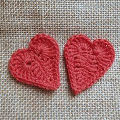 Free cute crochet heart pattern