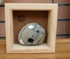 Original hand-painted stone stone tribal Fun cute koala mother and gift boxed