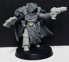 Lord Cypher - Betrayal at Calth Chaplain Kurtha Sedd, and black templars upgrade kit for tabard. Keys come from dark angels upgrade sprue