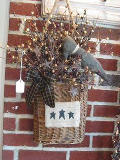 Primitive Baskets | Primitive Crow Basket