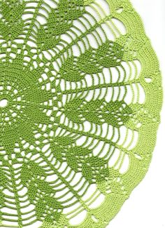Extra Large green wheat ear crochet doily by DoilyWorld on Etsy