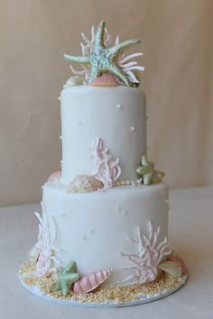 CakeWorks - Hawaii Cake Bakers - Nautical wedding cake with fondant starfish, coral Hawaii Wedding Cake, Hawaii Cake, Nautical Wedding Cakes, Nautical Cake, Themed Wedding Cakes, Fall Wedding Cakes, Themed Cakes, Honolulu Wedding, Camo Wedding