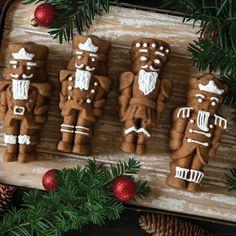 Nordic Ware Nutcracker Cakelet Pan   Chefs Corner Store Christmas No Bake Treats, Holiday Treats, Christmas Cookies, Holiday Foods, Holiday Cakes, Christmas Desserts, Christmas Baking, Christmas Foods, Christmas Recipes