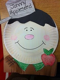 The Lesson Plan Diva: FREE! Johnny Appleseed craft from The Lesson Plan Diva. Preschool Apple Theme, Apple Activities, Fall Preschool, Autumn Activities, Preschool Crafts, Preschool Apples, Preschool Ideas, Kids Crafts, Apple Games