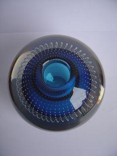A.D. Copier Leerdam - serica spijkerbol (grootste maat) blauw Kosta Boda, Glass Art, Bubbles, Art Deco, Ceramics, Treasure Hunting, Diversity, Attic, Dutch