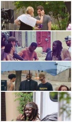 Behind the scenes Season 5!!!!!! ahhh look at the priest