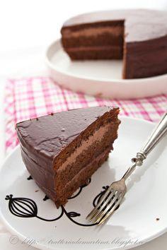 Torta al cioccolato con ganache al gianduia