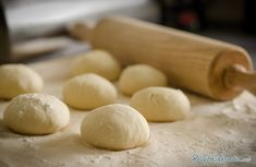 You can make gluten free pizza dough at home. Gluten free dough is also available at supermarkets and is easy to work with. Learn more about gluten free pizza dough and how to use it. Low Salt Recipes, Low Sodium Recipes, Cooking Recipes, Cooking Tips, Cooking Classes, Pizza Recipes, Meal Recipes, Family Recipes, Lunch Recipes