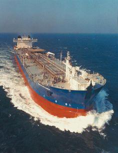 oil tanker - Google Search Merchant Navy, Merchant Marine, Tanker Ship, Marine Engineering, Oil Tanker, Yacht Boat, Armada, Speed Boats, Sea And Ocean
