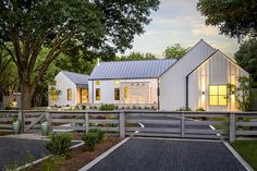 The farmhouse exterior design totally reflects the entire style of the house and the family tradition as well. The modern farmhouse style is not only for Modern Farmhouse Design, Modern Farmhouse Exterior, Farmhouse Style, Texas Farmhouse, White Farmhouse, Industrial Farmhouse, Farmhouse Plans, Farmhouse Landscaping, Farmhouse Decor