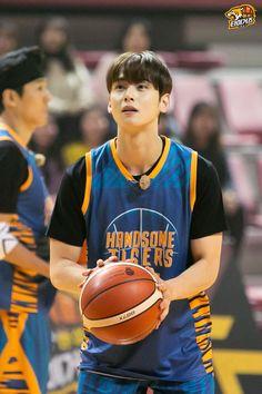 Asian Actors, Korean Actors, Cha Eun Woo Astro, Eunwoo Astro, Cute Korean Boys, Pre Debut, K Pop Star, Sanha, Handsome Boys