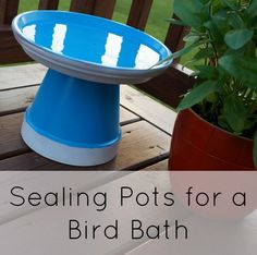 How (and why) to Seal Painted Pots - Plus a Mini Bird Bath Wie man bemalte Töpfe versiegelt und waru Clay Pot Projects, Clay Pot Crafts, Mosaic Birdbath, Birdbath Diy, Mosaic Pots, Pebble Mosaic, Mosaic Garden, Diy Bird Bath, Homemade Bird Baths
