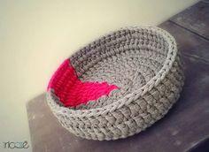 . Cotton Cord, String Crafts, T Shirt Yarn, Straw Bag, Mini, Decorative Bowls, Knit Crochet, Beanie, Tapestry