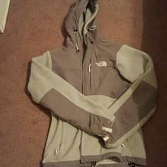 North face fleece Perfect condition. Only worn a few times. Size xs fits like a small The North Face Jackets & Coats