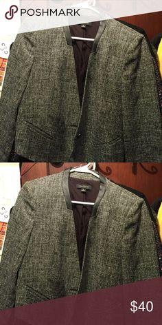 Ann Taylor blazer Ann Taylor black tweed blazer leather look trim Ann Taylor Jackets & Coats Blazers