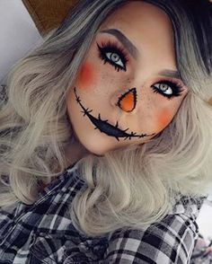 Looking for for ideas for your Halloween make-up? Browse around this site for creepy Halloween makeup looks. Halloween Costumes Scarecrow, Scarecrow Makeup, Halloween 2018, Creepy Halloween Makeup, Amazing Halloween Makeup, Halloween Makeup Looks, Pretty Halloween, Easy Diy Halloween Costumes For Women Last Minute, Halloween Costumes Women Scary