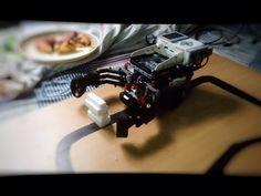 Ev3..grab and lift bot - YouTube