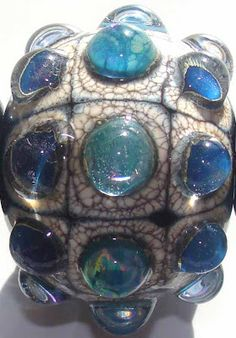 Art of Hand: Bumpy jewels