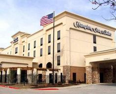 Hampton Inn & Suites Dallas-DFW Airport Hurst Hurst (Texas) This Hurst, Texas hotel is 8 miles from Dallas-Fort Worth International Airport. It provides free airport shuttle services, has an indoor pool and features spacious rooms with free Wi-Fi.