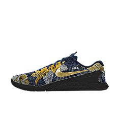 The highly anticipated first creation of Y&S. Nike Metcon 3 ID Beautiful Power, obsidian and gold.