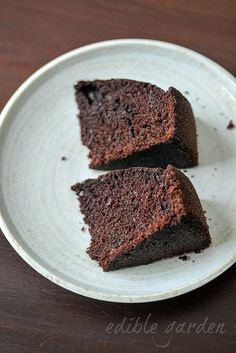 Simple Chocolate Cake Recipe Made In The Pressure Cooker No Oven Needed