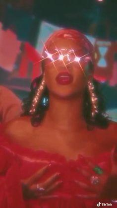 Rihanna Body, Best Of Rihanna, Rihanna Fan, Rihanna Style, Badass Aesthetic, Film Aesthetic, Aesthetic Videos, Rihanna Music Videos, Rihanna Video