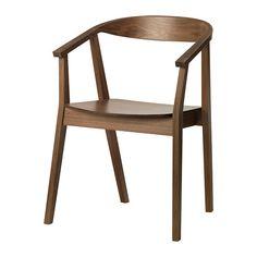 IKEA - STOCKHOLM, Cadeira, O encosto ligeiramente curvado, os braços e a chapa de nogueira conferem à cadeira um aspeto acolhedor.</t><t>Graças ao design da cadeira, é fácil encontrar uma posição preferida.</t><t>Se quer sentar-se ainda com mais conforto, pode complementar a cadeira com a almofada para cadeira STOCKHOLM.
