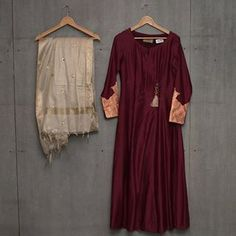 Matsya ~ Gold New collection . Indian Gowns, Pakistani Dresses, Indian Wear, Indian Outfits, Latest Suit Design, Kurta Designs Women, Indian Designer Wear, Dance Outfits, Asian Fashion