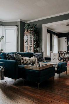 Vintage Modern, Modern Victorian Decor, Victorian Living Room, Victorian Interiors, Living Room Inspiration, Home Decor Inspiration, My Living Room, Home And Living, Modern Living