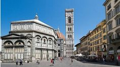Piazza del Duomo, el centro religioso de la capital toscana