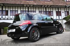 Part Renault Test Drive - The Megane Megane R26, Clio Rs, Automobile, Driving Test, Racing, Autos, Athlete, Car, Running