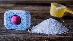 Šest korisnih stvari koje možeš oprati s tabletom za pranje suđa Natural Remedies For Ed, Clean Stove Top, Bude, Home Hacks, Bathroom Interior Design, Cleaning Hacks, Thats Not My, Homemade, Sweet