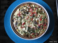 Helmenvalkoinen maailma: rukiinen kasvispiirakka chilillä