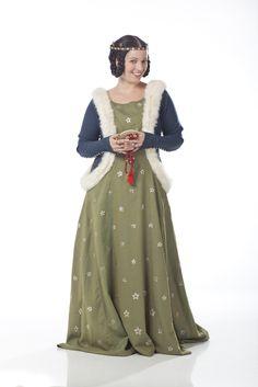 14th century fashion. Circa 1370. Lady. www.ladymalina.com