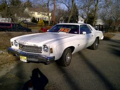1975 Monte Carlo- my first car except mine had a maroon leather top on the back.