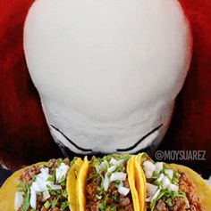 pennywise loves tacos.