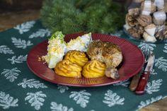 Zé-féle ünnepi töltött csirkecomb Dairy, Cheese, Meals, Food, Meal, Essen, Yemek, Yemek, Eten