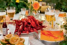IKEA is turning their furniture stores into buffet halls with a traditional Swedish crayfish party. Fish Recipes, Gourmet Recipes, Healthy Recipes, Mabon, Crawfish Party, The Swede, Back In The Game, Thanksgiving, Swedish Recipes