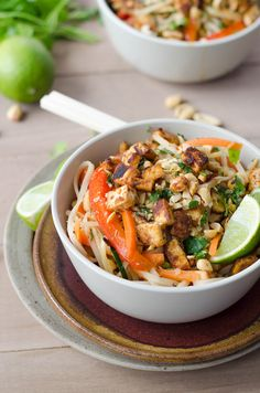 You have to try this easy spicy vegan pad Thai recipe that is perfect for a weeknight dinner or lunch. Ready in under an hour, this recipe will fulfil all your Asian fast food cravings! Vegan Recipes Videos, Vegan Recipes Easy, Healthy Dinner Recipes, Asian Recipes, Vegetarian Recipes, Ethnic Recipes, Savoury Recipes, Whole30 Recipes, Delicious Recipes