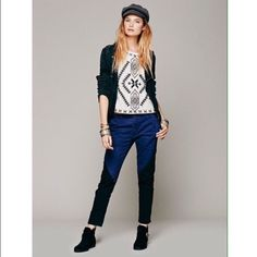 Free people pants Navy and black color block pants. Worn twice Free People Pants Ankle & Cropped