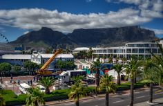 Day 1 of set up the Madame arriving at the V & A Waterfront, Cape Town.