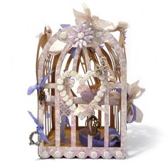 Bohemian birdcage in classic clean style