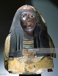 Upper part of an anthropomorphic coffin with blackened face, lotus ornamented wig,chest ornaments and picture of the deceased kneeling to offer flowers to Osiris. Late New Kingdom. Ancient Egyptian Artifacts, Ancient Egypt History, Ancient Art, Art Afro, Egypt Mummy, Kemet Egypt, Egyptian Goddess, Black History Facts, African History