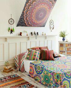 Amateur couple homemade media stash bed