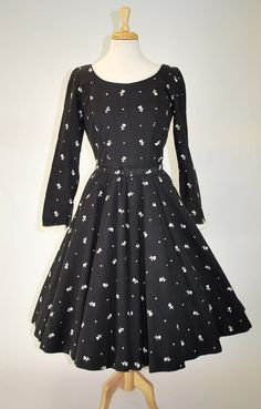 1950's Wool Skater Dress with White Embroidered Flower by govintagego on Etsy